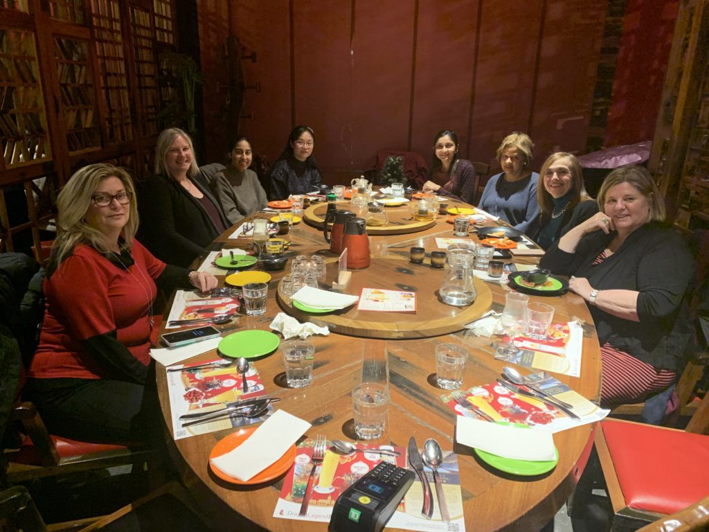 Women of Evron out for lunch